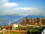 Gündoğan Kızılburun mevkinde denize sıfır ve özel iskeleli villa